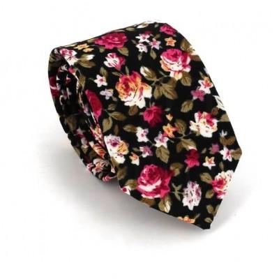 Corbata Estrecha con Flores